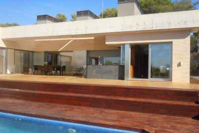 House in the pine forest with a swimming pool in Costa Dorada